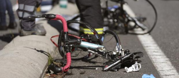 Fallece un ciclista tras ser atropellado por un vehículo, cuyo ... - publico.es
