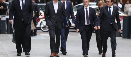 Cataluña: La Fiscalía pide prisión incondicional para todos los ... - elpais.com