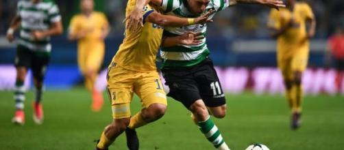 Dybala nella partita contro lo Sporting Club in Champions League
