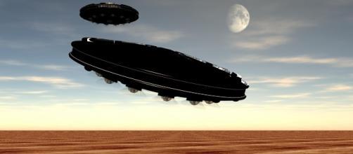 Marines filmano UFO nel deserto dell'Ariziona.