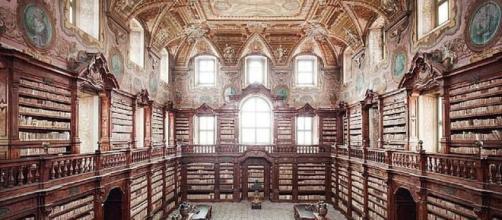 Nuova vita per la biblioteca dei Girolamini di Napoli