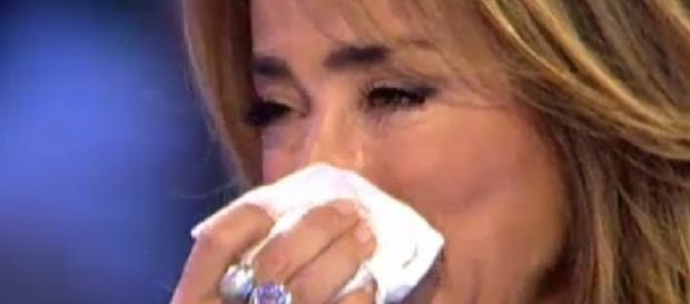 María Patiño muy preocupada por su mascota.