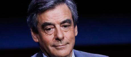 François Fillon : retiré de la vie politique, son salaire est énorme ! - public.fr