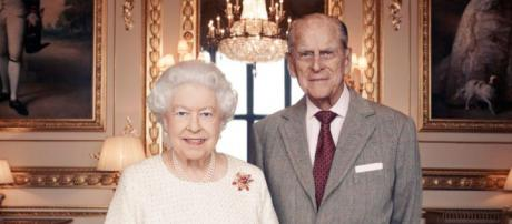 Queen Elizabeth and Prince Philip in the White Drawing Room, Windsor Place (via - Camera Press/ Matt Holyoak)