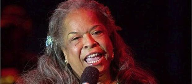 Della Reese dies at 86. - [Image: Wochit Entertainment/YouTube screenshot]
