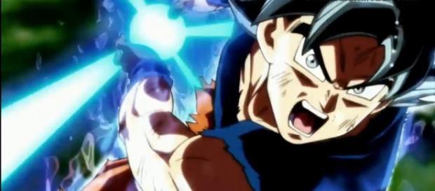 Goku usa el Kamehameha en Ultra Instinto