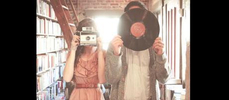 Immagine di una coppia con interessi simili. Fonte: Pinterest