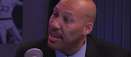 LaVar Ball claims he knows how to coach his son. [Image Credit: Fox Sports/YouTube]