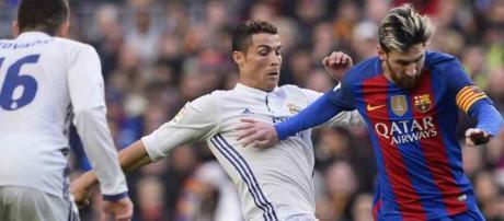 Leo Messi continua rivalizando com Cristiano Ronaldo