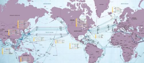 Carte de câbles Internet sous-marins
