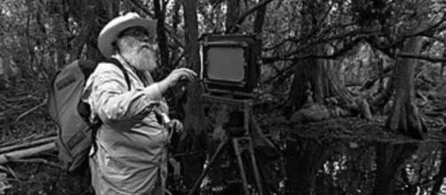 Clyde Butcher setting up a shot in a Florida swamp wikipedia
