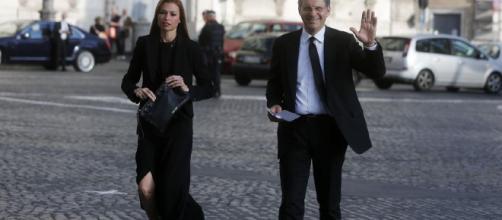 Fabrizio Frizzi e la moglie Carlotta Mantovan