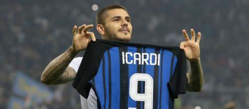 Icardi 'holding tight' to derby hat-trick ball - beinsports.com