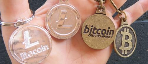 New ICO wants to reward scholars with cryptocurrency {Image via BTC Keychain/Flickr]