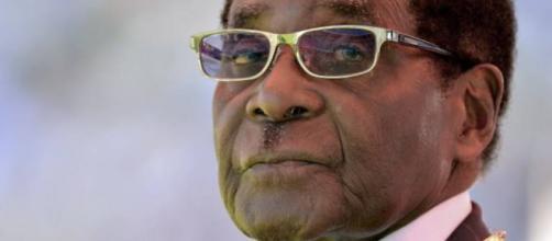 Presidente deixa a Presidência do país africano após declarar que não renunciaria (Foto: reprodução)