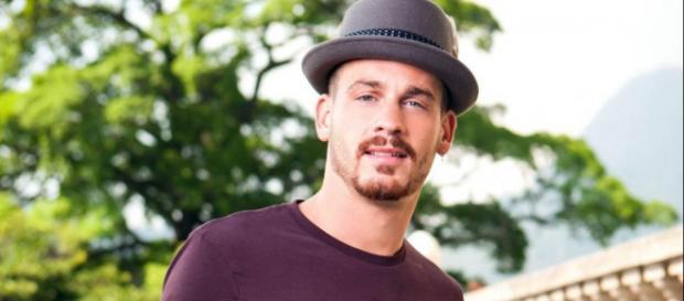 La Villa des Coeurs Brisés 3 : Raphaël Pépin s'apprête à concurrencer Jeremstar avec sa chaîne Youtube.