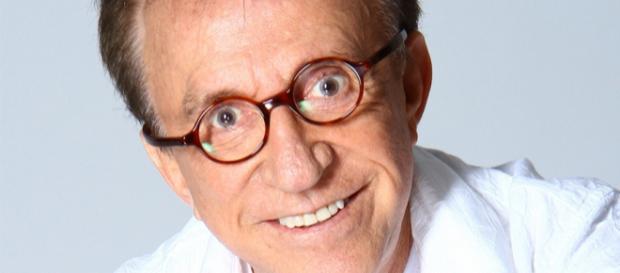 Moacyr Franco é demitido do SBT