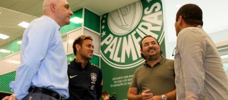 Palmeiras já tem acordo com meio campista