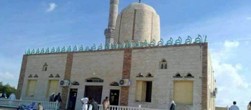 Fotografía de la mezquita donde ha tenido lugar parte de la masacre. Fuente: STR/EPA.