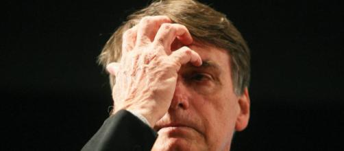 Justiça confirma multa de R$ 150 mil a Bolsonaro