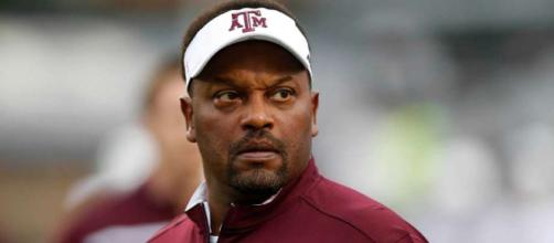 Kevin Sumlin should be a candidate for Nebraska football job. [Image Credit: Chron.com/YouTube screencap]