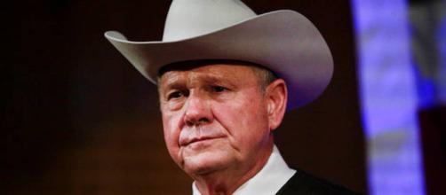 Roy Moore, el polémico candidato a Senador por Alabama, apoyado por Trump a muerte pero denunciado por acoso sexual a jovencitas