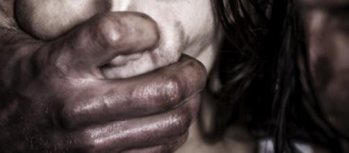 Stuprata e segregata per 10 anni