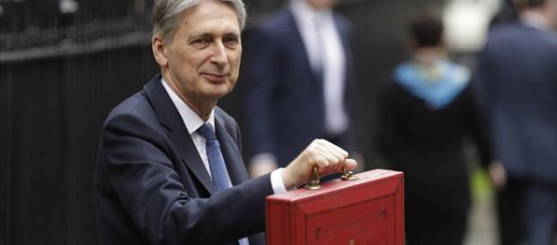 Budget 2017: Philip Hammond lays groundwork for Brexit ... - capitalgrio.com