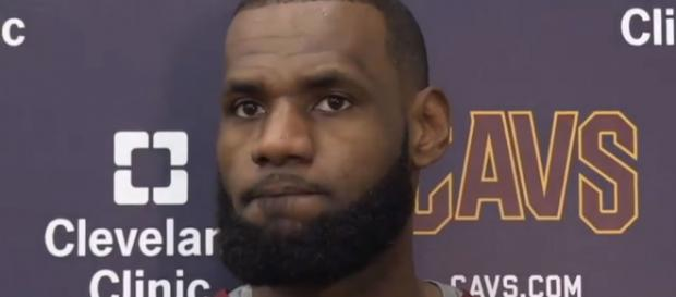 LeBron James seems happy with the Cavs' 5-game winning streak (via YouTube - The Highlight Laboratory)