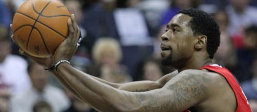 DeAndre Jordan to Cavs scenario looks possible - [image credit: Keith Allison/ Flickr]