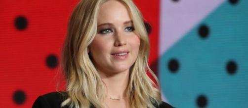 Jennifer Lawrence is single and dateless ... pic foxnews.com