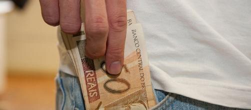 Quem não declarar ou entregar o relatório fora do prazo deverá pagar multa de até R$ 1,5 mil ou 3% do valor da transição