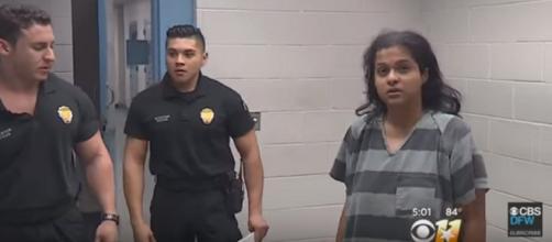 Sini Mathews in Texas jail. [Image from CBSDFW/YouTube]