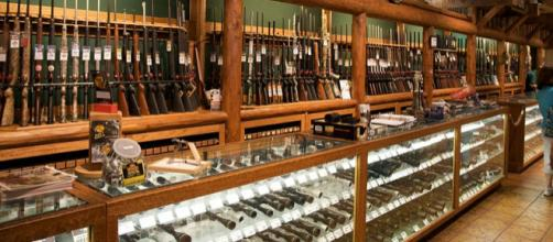 Welcome to America - Supermarket with guns (Image credit – Marcin Wichary, Wikimedia Commons)