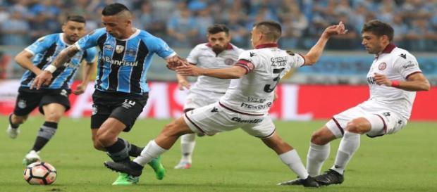 Gremio dio el primer golpe en la final de ida de la Libertadores