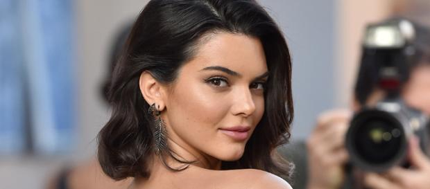 Kendall Jenner Smoking Cigarette in New Picture? | StyleCaster - stylecaster.com