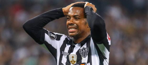 Robinho é condenado a nova anos de prisão, na Itália