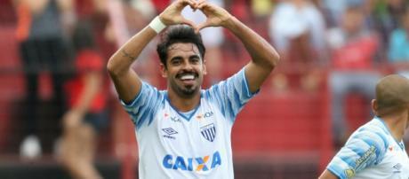 Júnior Dutra está em negociações com o Corinthians (Foto: Marlon Costa/Pernambuco Press)
