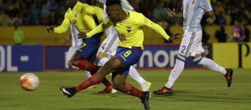 Atacante equatoriano marcou dois gols nas Eliminatórias