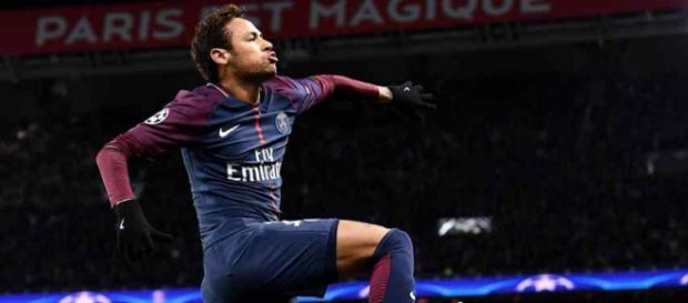Neymar está muito feliz com seu sucesso na França