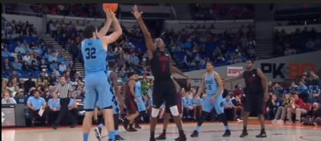 North Carolina takes home the victory at the PK80 tournament (SportsReplay/Youtube Screencaps)