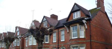 Victorian Terraced Houses - Image credit - Nigel Mykura CC BY-SA 2.0 Wikimedia Commons