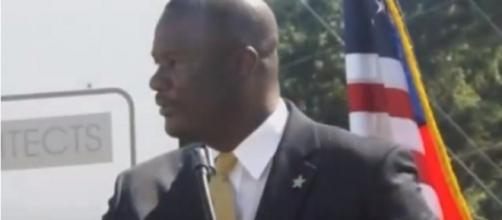 Sumter County Sheriff Anthony Dennis. (Image from Dale Horton/YouTube)
