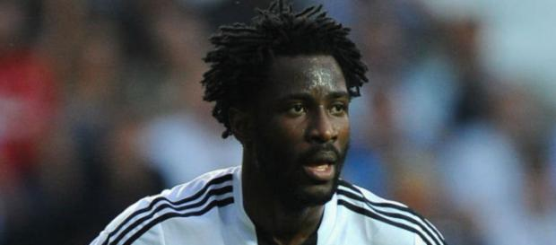 Swansea City striker Wilfried Bony in a past match. ( Image Credit: Tricia H. Kuhn/Flickr)