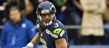 Russell Wilson passed for two touchdowns and ran for another one. (Image via Larry Maurer/Wikimedia Commons)