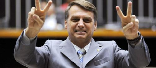 Jair Bolsonaro é o novo alvo da famosa astróloga