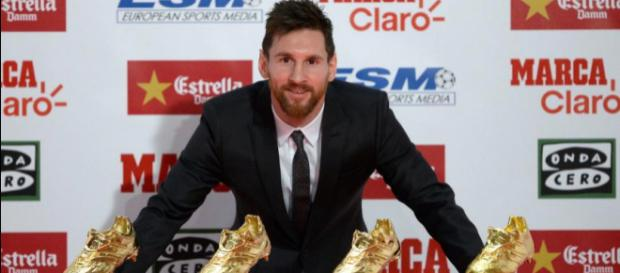 Cálida entrega a Lionel Messi de su cuarta Bota de Oro como ... - univision.com