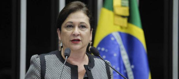 Katia Abreu ainda não decidiu qual será o seu novo partido