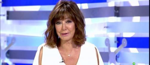 Ana Rosa Quintana 'vuelve a clase' con nuevo look - lecturas.com
