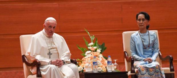 L'incontro con il premio Nobel per la pace Aung San Suu Kyi